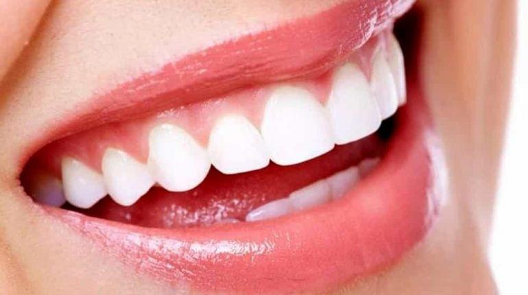 Denti bianchi e sani