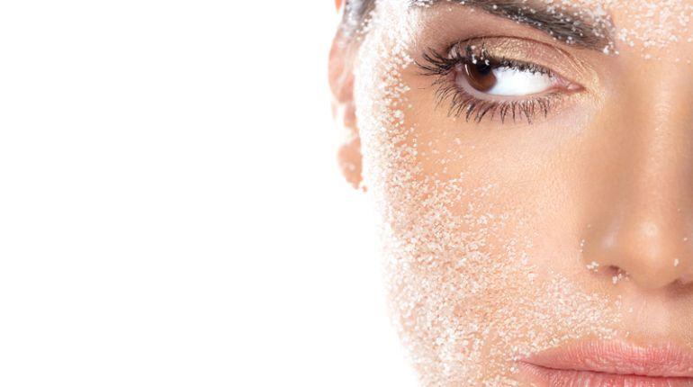 Peeling casalingo al viso